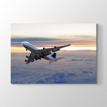 Bulutların Üstünde Uçak Tablosu
