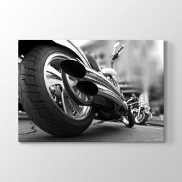 Motorsiklet Egzozu Tablosu