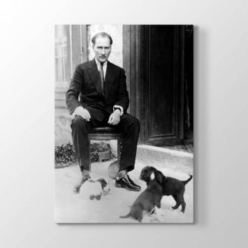 Atatürk ve Yavru Köpekler Tablosu
