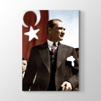 Türk Bayrağı ve Atatürk Tablosu