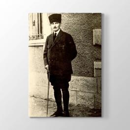 Atatürk'ün Tam Boy Resmi Tablosu