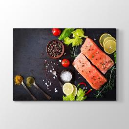 Balık Fileto ve Baharatlar Tablosu